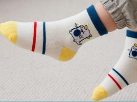 宇宙超人主题童袜