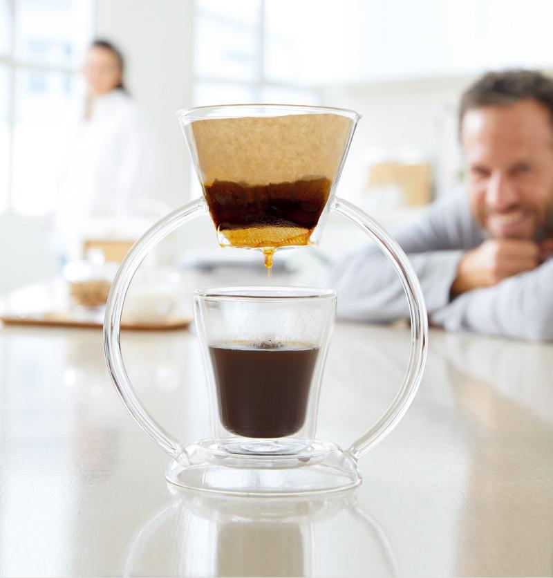 玻璃茶壶和茶杯设计