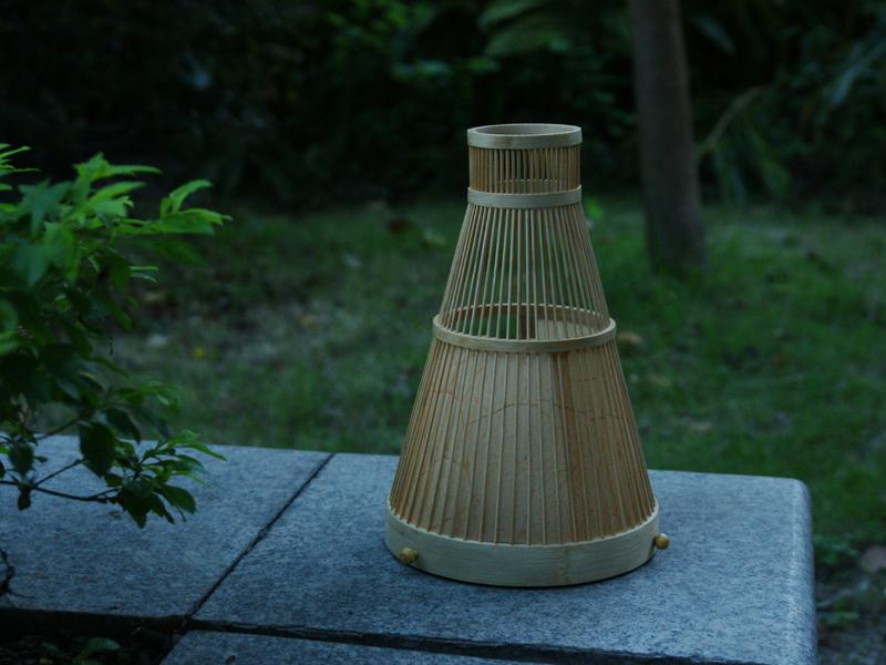 可移动竹制户外灯
