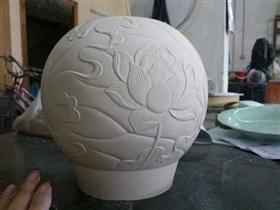 球形泥塑雕塑