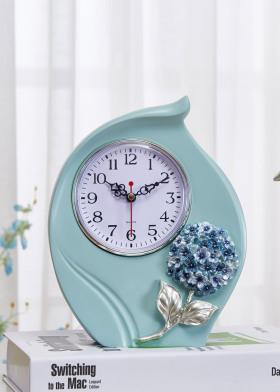 绣球花主题树脂座钟