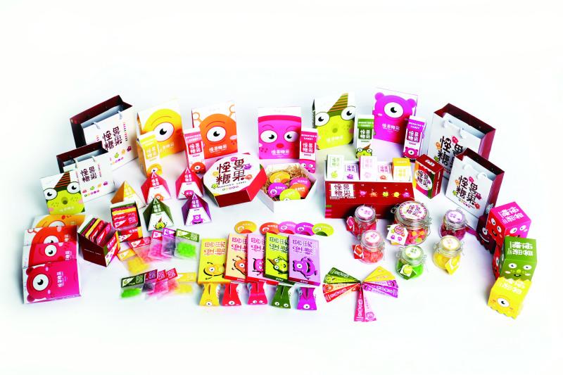 卡通怪兽糖果包装设计