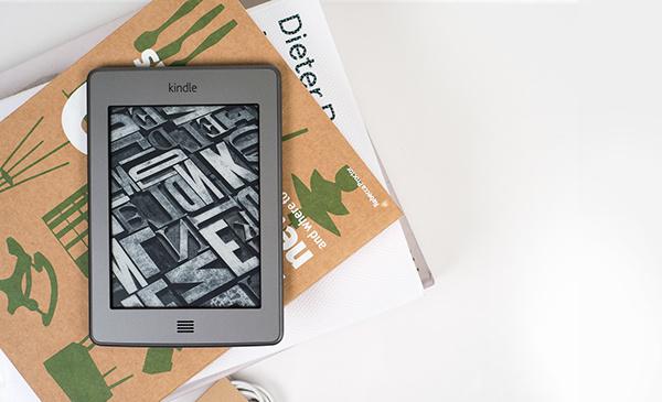 亚马逊Kindle Touch 6设计