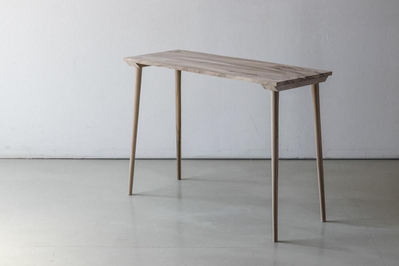 MALAMALAMA轻型桌子