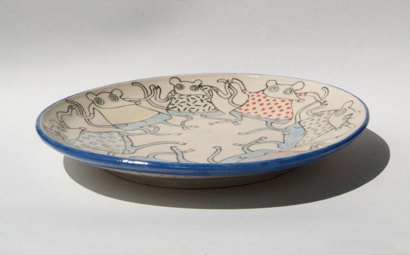 陶瓷盘=跳舞的老鼠