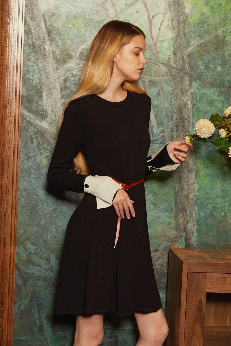 女装毛织连衣裙
