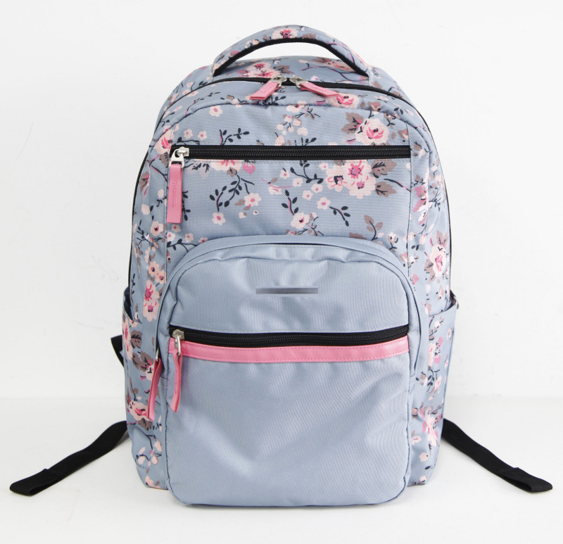樱花印花风格背包