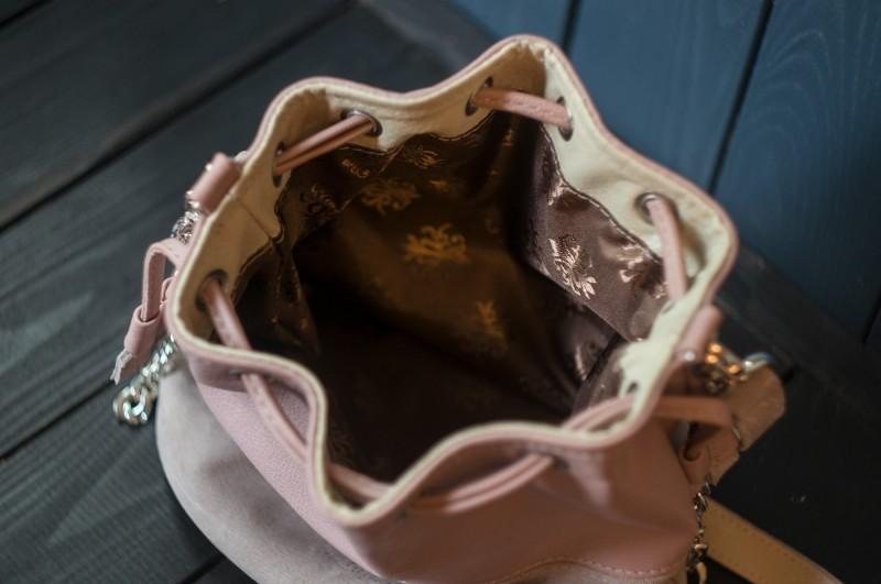 皮革女包——mesh