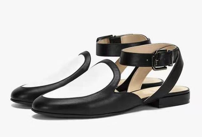简约脚踝带造型乐福鞋