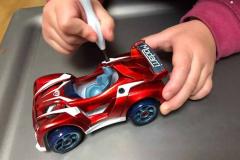 玩具颜色趋?#24179;?#26512;:提升价值感的金属色