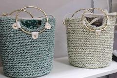 东京箱包趋势,风格多元的女式手提包