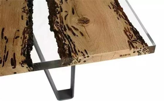 设计界的百搭代表——木头,几乎任何材质都能插上一脚