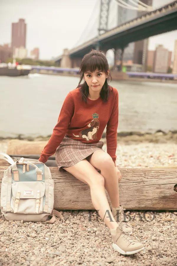 今年最流行的印花毛衣都在這里,誰穿誰好看!(圖31)