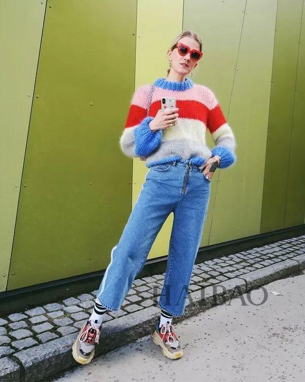 今年最流行的印花毛衣都在這里,誰穿誰好看!(圖19)