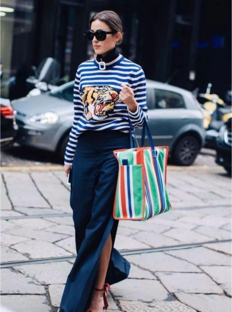 今年最流行的印花毛衣都在這里,誰穿誰好看!(圖24)